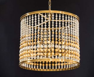 Chandelier in Gold to Enhance Home Decor