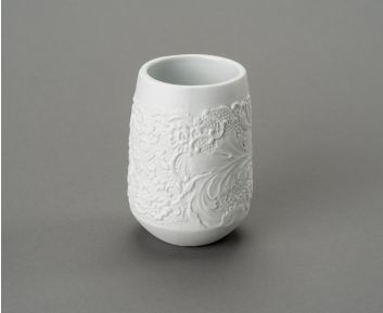 Lorine Matt White Tumbler as Bathroom Decoration Item